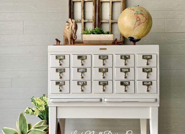 My Top 5 Favorite Colors from Dixie Belle Paint!